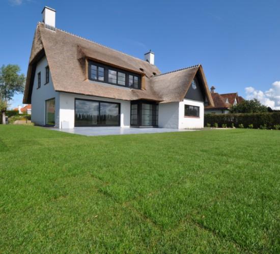 Knokke-afgewerkte-villa-na-02